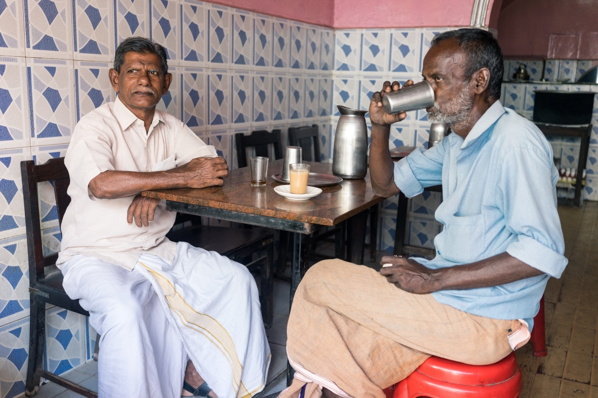 Photography of people having an afternoon chai break in Cochin, Kerala, India